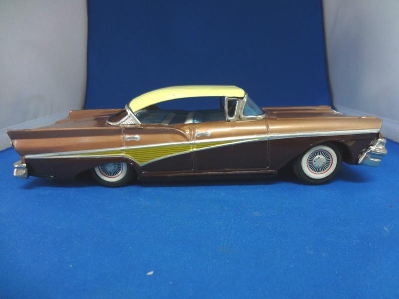 us car -  tôle - Tin Toys -  1950's & 1960's - Page 4 176