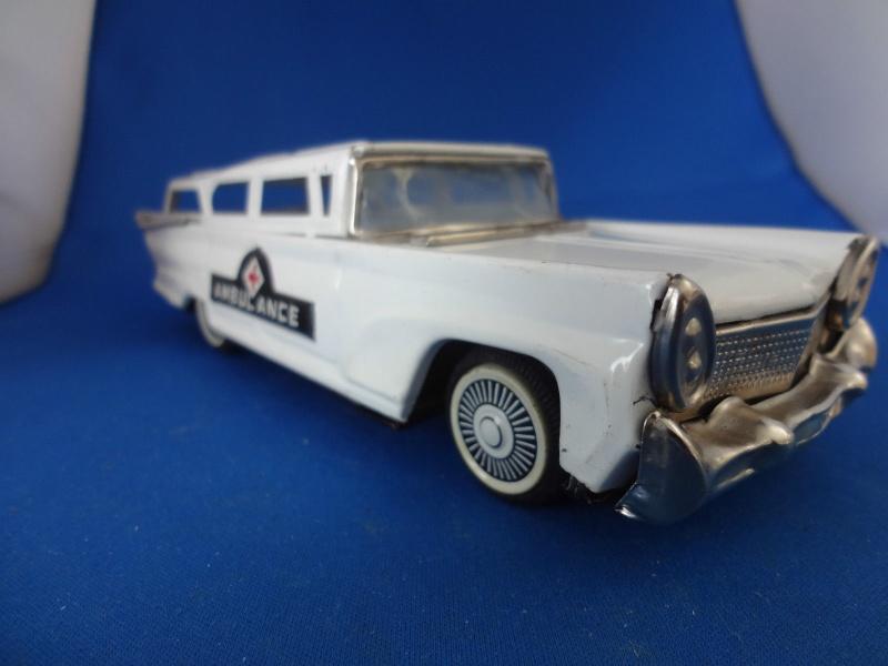us car -  tôle - Tin Toys -  1950's & 1960's - Page 4 274