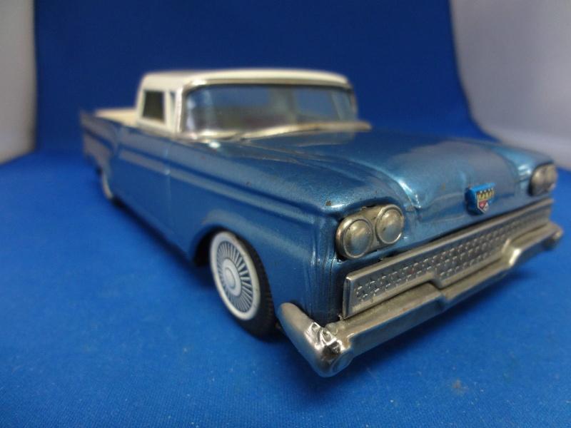 us car -  tôle - Tin Toys -  1950's & 1960's - Page 4 280