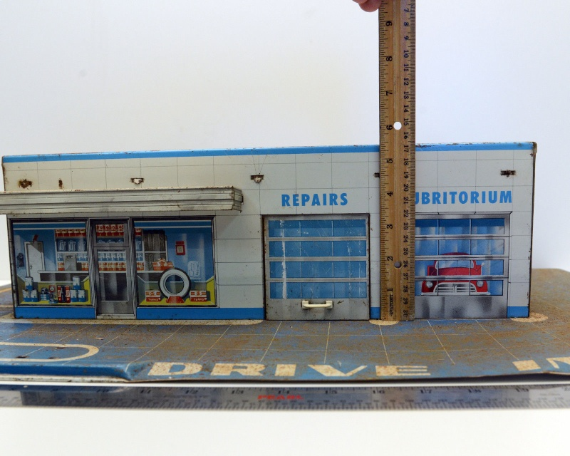 Garages jouets - Toys garage - Page 2 350