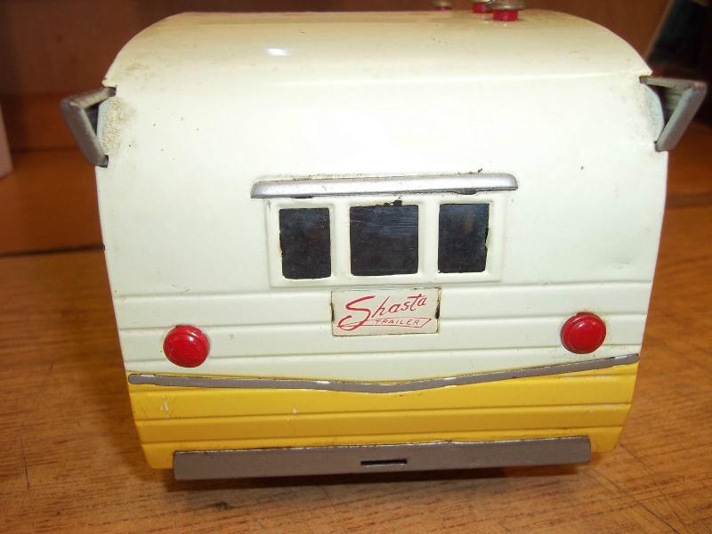 us car -  tôle - Tin Toys -  1950's & 1960's - Page 3 356