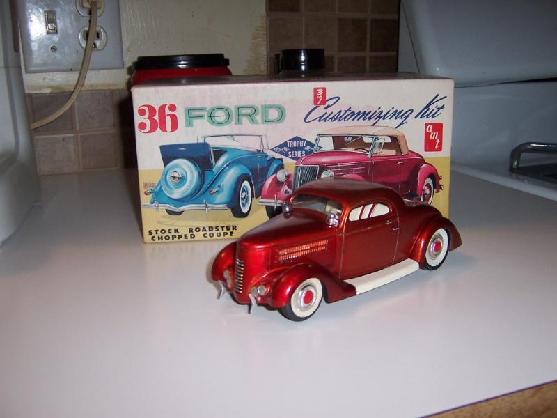Vintage built automobile model kit survivor - Hot rod et Custom car maquettes montées anciennes - Page 3 38169410