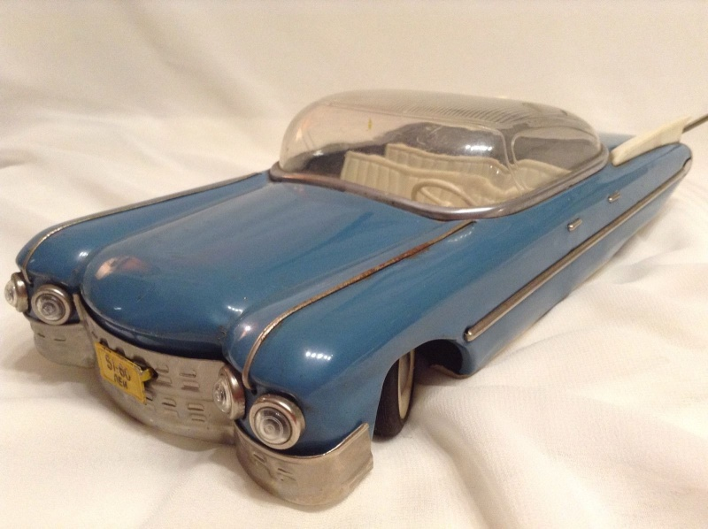 1959 RUSSIAN TIN TOY LIMOUSINE CADILLAC  525