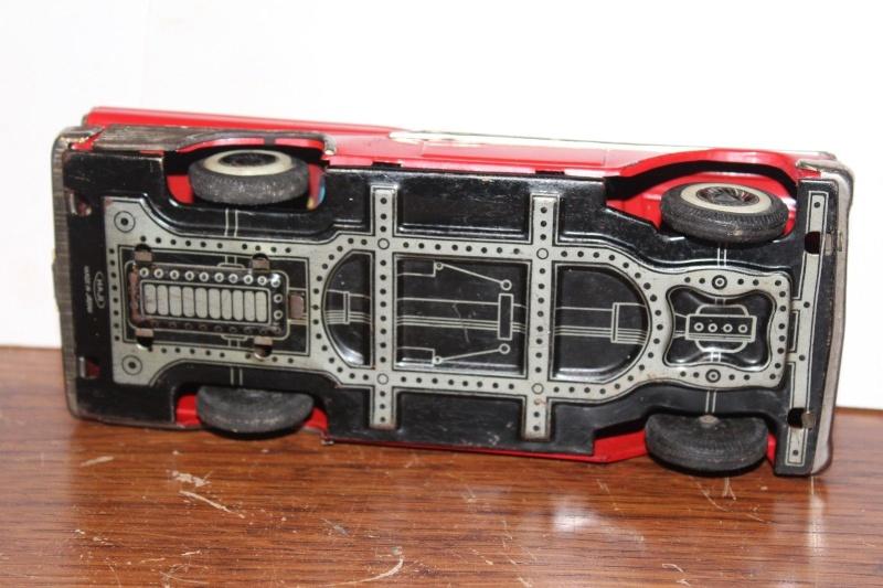 us car -  tôle - Tin Toys -  1950's & 1960's - Page 3 640