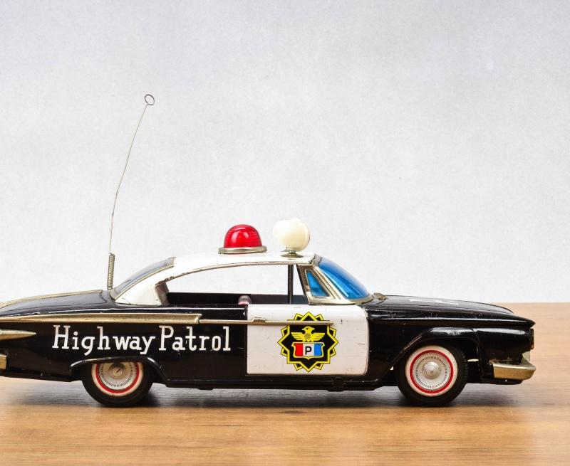 us car -  tôle - Tin Toys -  1950's & 1960's - Page 4 733