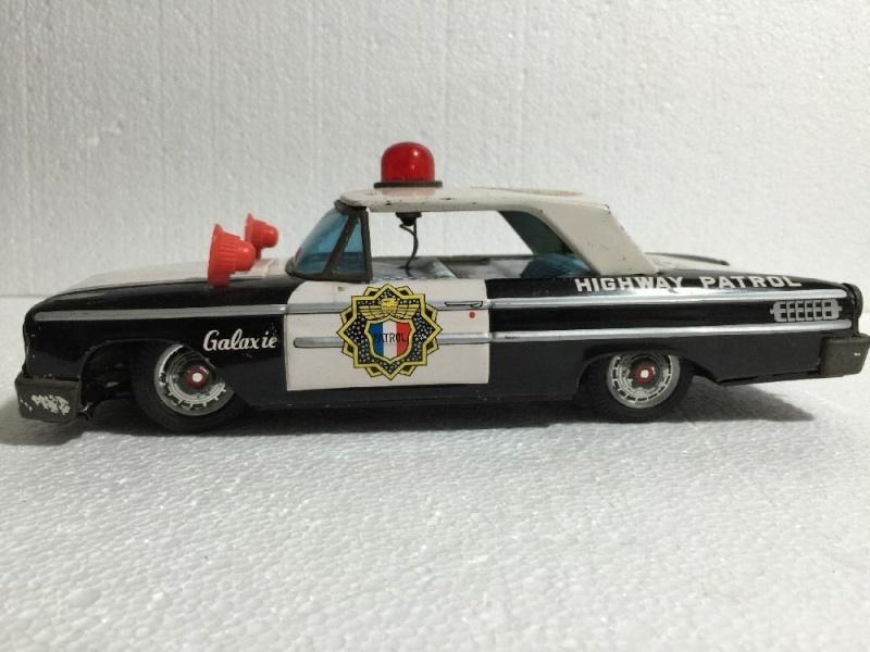 us car -  tôle - Tin Toys -  1950's & 1960's - Page 4 826