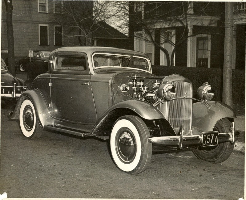 1932 Ford - Andy Kassa  Andy-k31