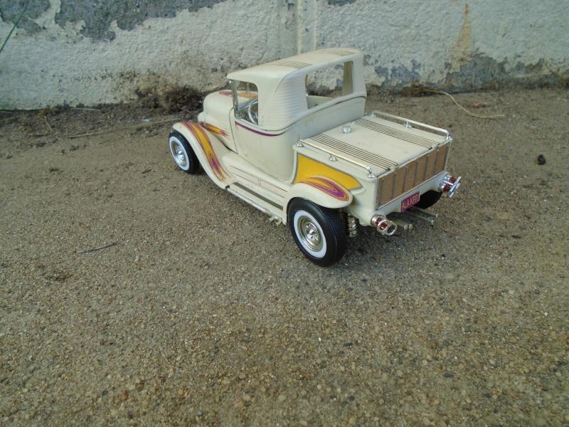 1929 Ford pick up - Ala Kart - show rod George Barris - Amt 1/25 Dsc00514