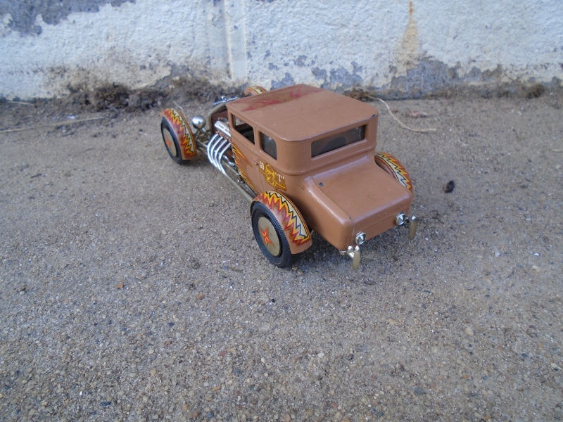 1925 Ford Model ' T' 3 in 1 - Amt - 1/25 scale Dsc00518