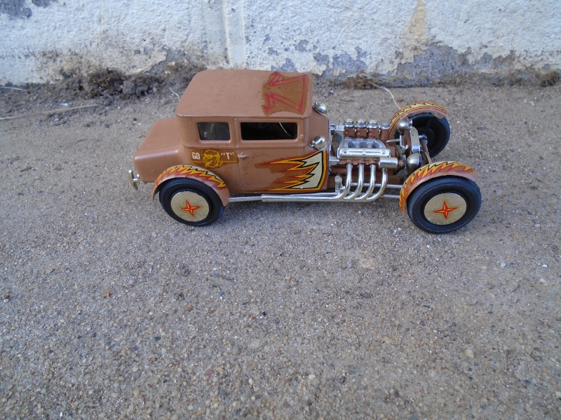 1925 Ford Model ' T' 3 in 1 - Amt - 1/25 scale Dsc00519