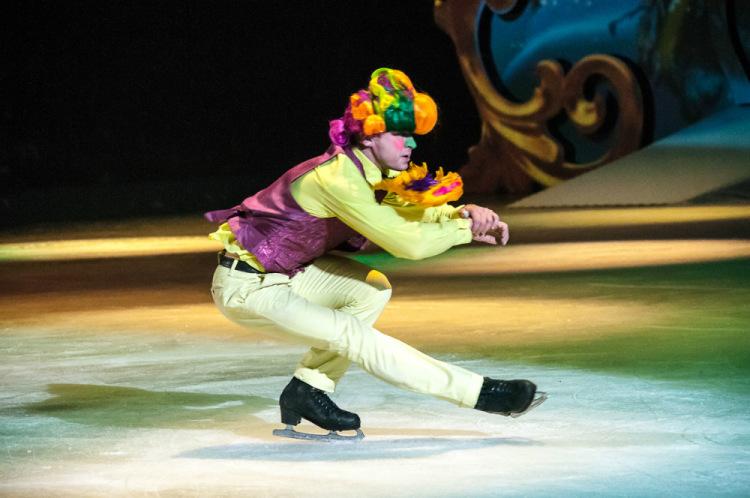 Ледовые шоу Ильи Авербуха *Мама*, *Малыш и Карлсон*, *Рождественские встречи*, а также различные новогодние шоу на льду 30225013