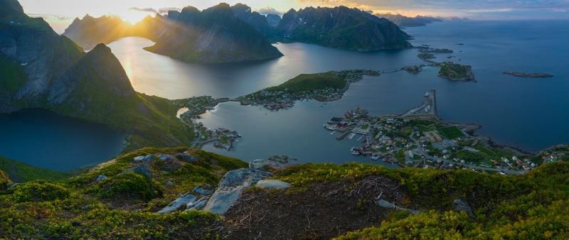 """Norvège : Les """"stavkirke"""", églises en """"bois debout"""", et secondairement bien d'autres aspects de ce magnifique pays et de sa culture... - Page 9 1564710"""