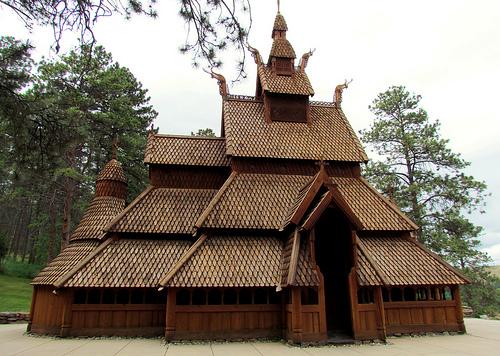 """Norvège : Les """"stavkirke"""", églises en """"bois debout"""", et secondairement bien d'autres aspects de ce magnifique pays et de sa culture... - Page 2 72714210"""