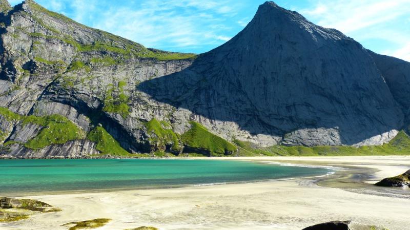 """Norvège : Les """"stavkirke"""", églises en """"bois debout"""", et secondairement bien d'autres aspects de ce magnifique pays et de sa culture... - Page 9 Bunese10"""