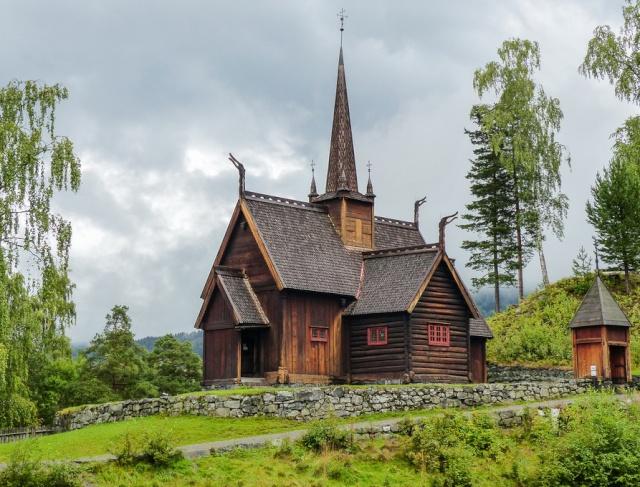 """Norvège : Les """"stavkirke"""", églises en """"bois debout"""", et secondairement bien d'autres aspects de ce magnifique pays et de sa culture... - Page 9 Garmo_14"""