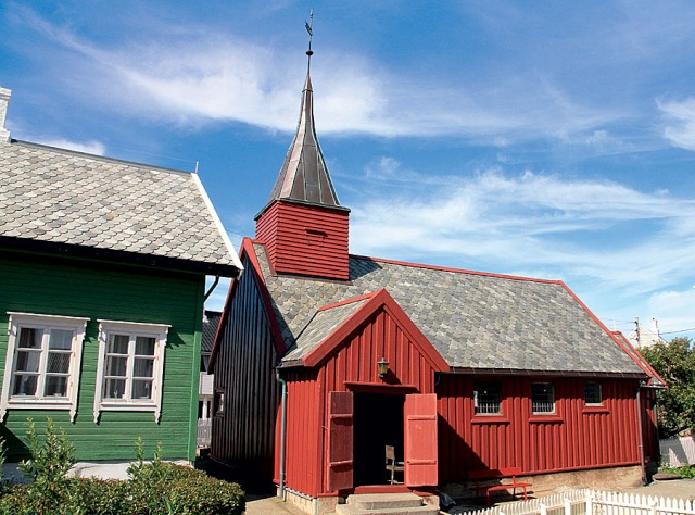 """Norvège : Les """"stavkirke"""", églises en """"bois debout"""", et secondairement bien d'autres aspects de ce magnifique pays et de sa culture... - Page 9 Grip_312"""
