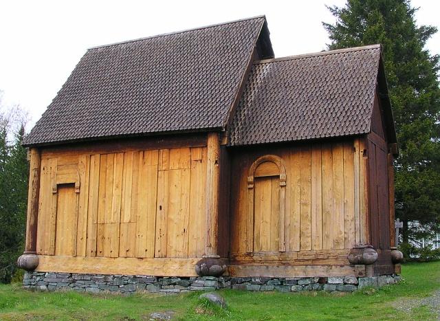 """Norvège : Les """"stavkirke"""", églises en """"bois debout"""", et secondairement bien d'autres aspects de ce magnifique pays et de sa culture... - Page 9 Haltda12"""
