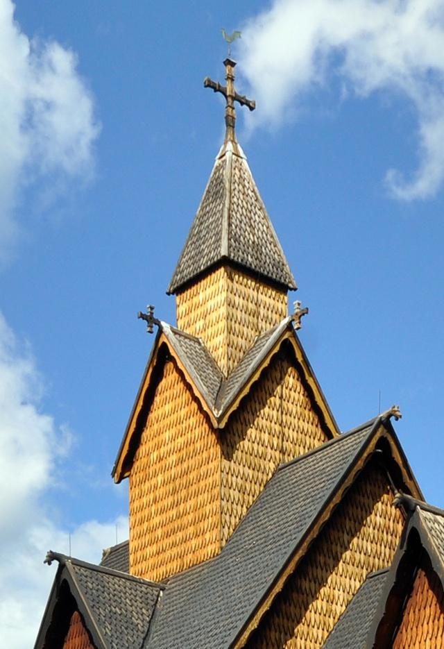 """Norvège : Les """"stavkirke"""", églises en """"bois debout"""", et secondairement bien d'autres aspects de ce magnifique pays et de sa culture... - Page 9 Heddal18"""