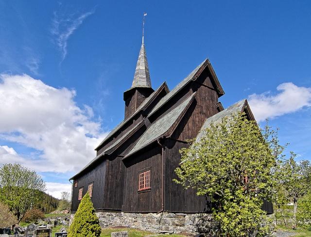 """Norvège : Les """"stavkirke"""", églises en """"bois debout"""", et secondairement bien d'autres aspects de ce magnifique pays et de sa culture... - Page 9 Hoere_11"""