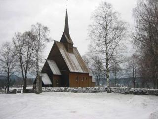 """Norvège : Les """"stavkirke"""", églises en """"bois debout"""", et secondairement bien d'autres aspects de ce magnifique pays et de sa culture... - Page 9 Hoyjor10"""
