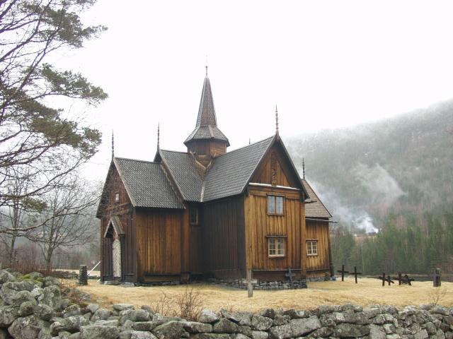 """Norvège : Les """"stavkirke"""", églises en """"bois debout"""", et secondairement bien d'autres aspects de ce magnifique pays et de sa culture... - Page 9 Nore11"""