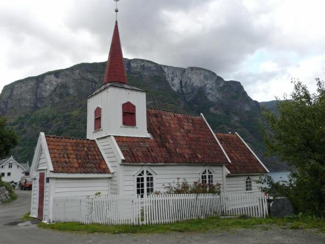 """Norvège : Les """"stavkirke"""", églises en """"bois debout"""", et secondairement bien d'autres aspects de ce magnifique pays et de sa culture... - Page 9 P1040519"""
