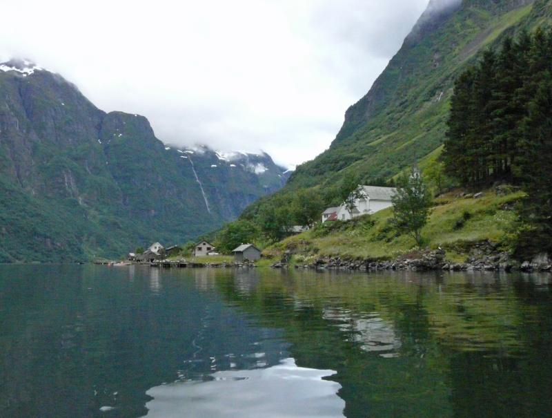 """Norvège : Les """"stavkirke"""", églises en """"bois debout"""", et secondairement bien d'autres aspects de ce magnifique pays et de sa culture... - Page 3 P1040820"""