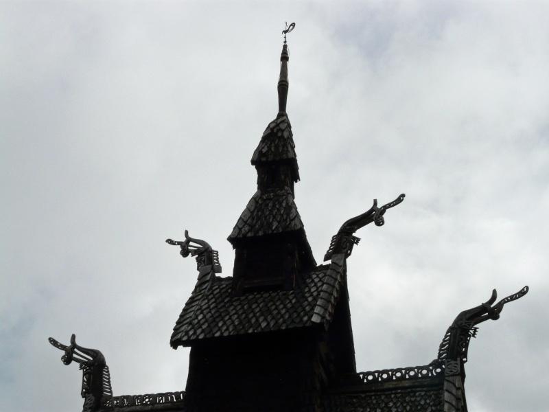 """Norvège : Les """"stavkirke"""", églises en """"bois debout"""", et secondairement bien d'autres aspects de ce magnifique pays et de sa culture... - Page 6 P1040921"""