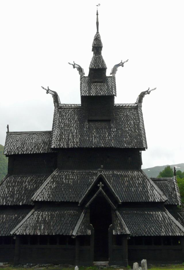 """Norvège : Les """"stavkirke"""", églises en """"bois debout"""", et secondairement bien d'autres aspects de ce magnifique pays et de sa culture... - Page 9 P1040929"""