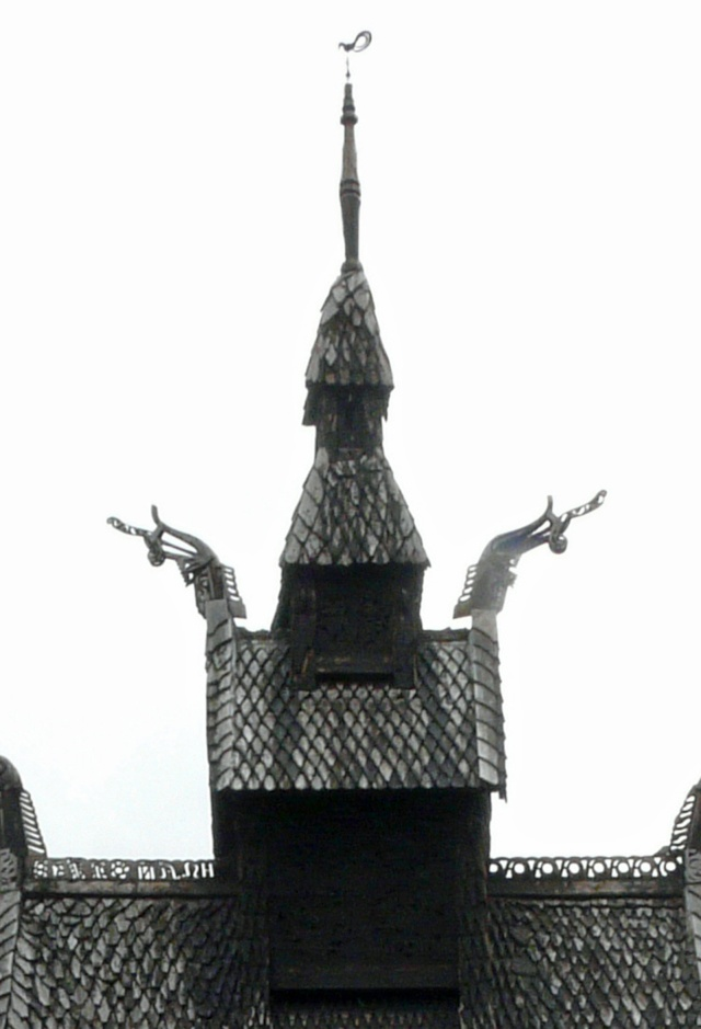 """Norvège : Les """"stavkirke"""", églises en """"bois debout"""", et secondairement bien d'autres aspects de ce magnifique pays et de sa culture... - Page 9 P1040930"""