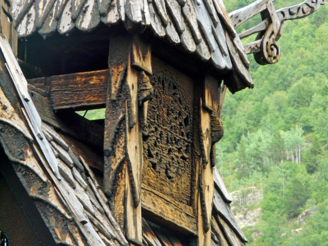 """Norvège : Les """"stavkirke"""", églises en """"bois debout"""", et secondairement bien d'autres aspects de ce magnifique pays et de sa culture... - Page 9 P1040934"""