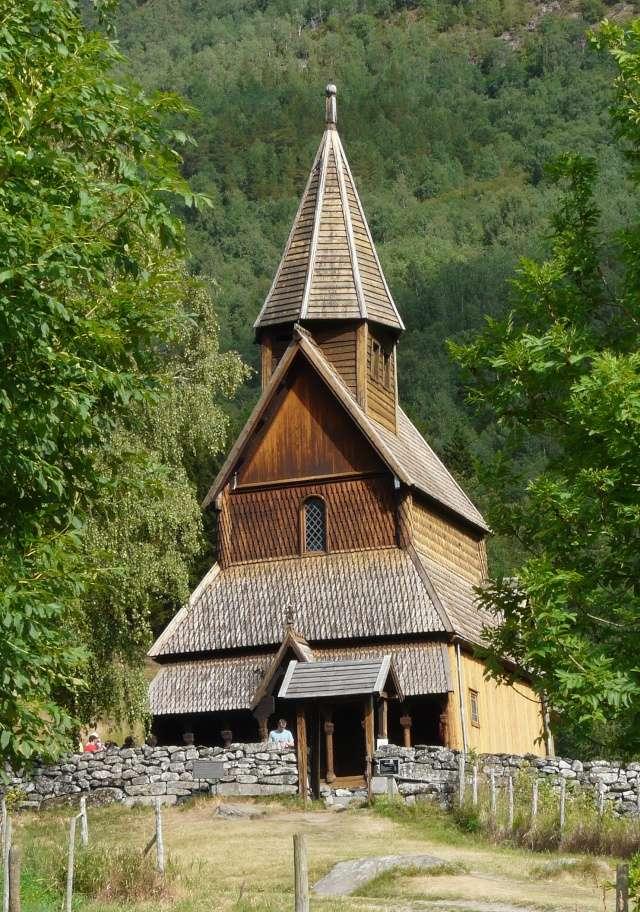 """Norvège : Les """"stavkirke"""", églises en """"bois debout"""", et secondairement bien d'autres aspects de ce magnifique pays et de sa culture... - Page 9 P1050826"""