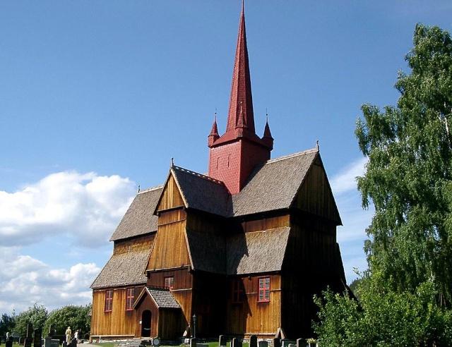 """Norvège : Les """"stavkirke"""", églises en """"bois debout"""", et secondairement bien d'autres aspects de ce magnifique pays et de sa culture... - Page 9 Ringeb12"""