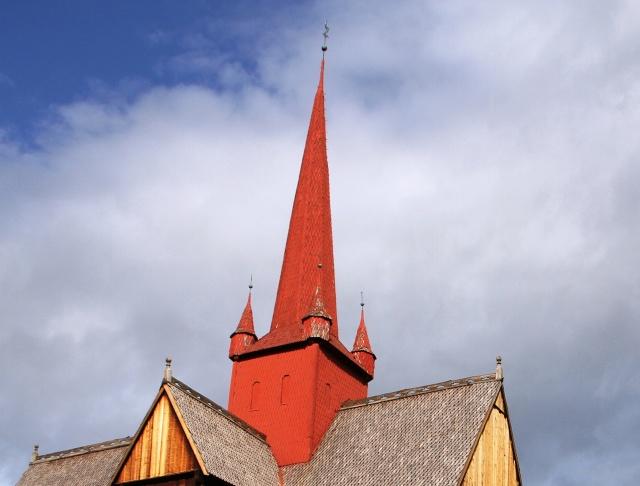 """Norvège : Les """"stavkirke"""", églises en """"bois debout"""", et secondairement bien d'autres aspects de ce magnifique pays et de sa culture... - Page 9 Ringeb15"""