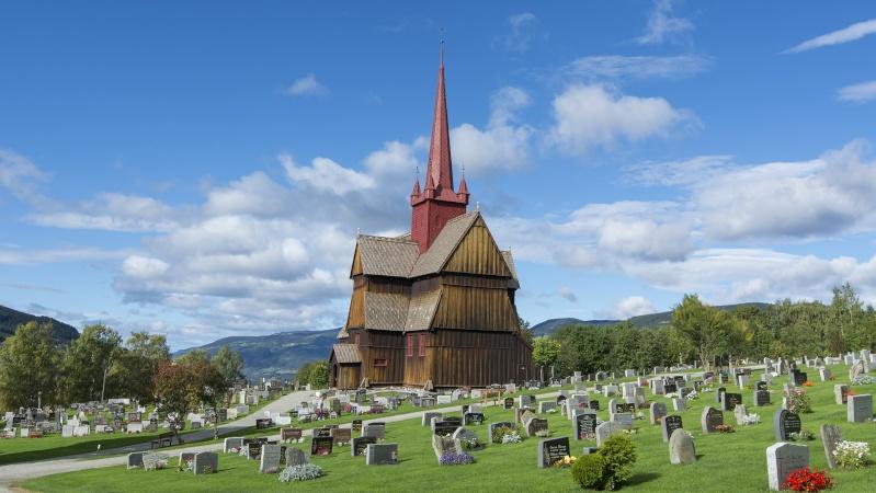 """Norvège : Les """"stavkirke"""", églises en """"bois debout"""", et secondairement bien d'autres aspects de ce magnifique pays et de sa culture... - Page 9 Ringeb16"""