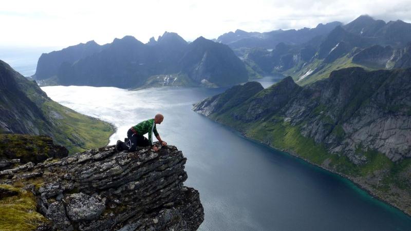 """Norvège : Les """"stavkirke"""", églises en """"bois debout"""", et secondairement bien d'autres aspects de ce magnifique pays et de sa culture... - Page 9 Seglti10"""