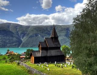 """Norvège : Les """"stavkirke"""", églises en """"bois debout"""", et secondairement bien d'autres aspects de ce magnifique pays et de sa culture... - Page 9 Stave_14"""