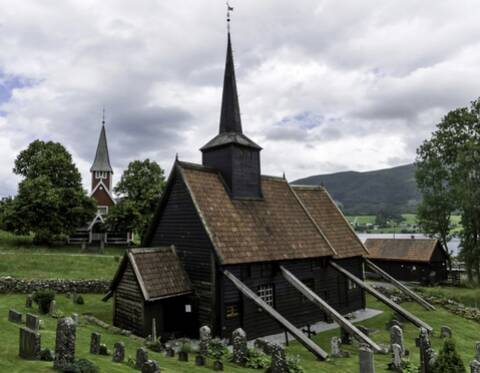 Colonisé successivement Vers -800 toujours, une autre culture simplante au Groenland : la culture de Dorset.