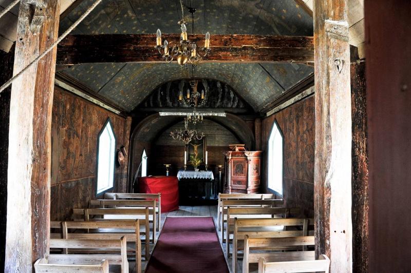 """Norvège : Les """"stavkirke"""", églises en """"bois debout"""", et secondairement bien d'autres aspects de ce magnifique pays et de sa culture... - Page 3 Undred11"""