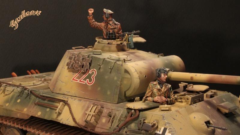 Figurine Alpine 1/35 (ref:35139 WSS Panzer Commander) Equipa13