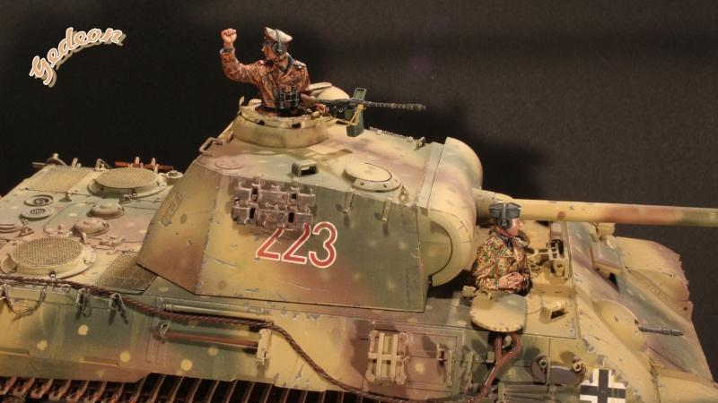 Figurine Alpine 1/35 (ref:35139 WSS Panzer Commander) Equipa14