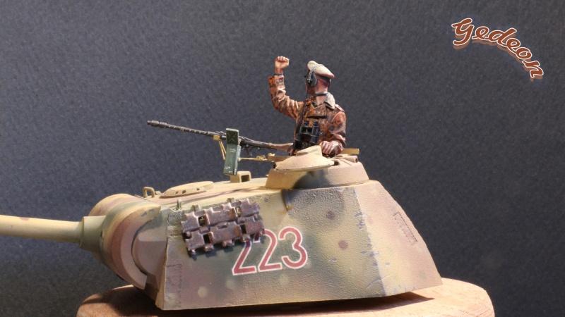 Figurine Alpine 1/35 (ref:35139 WSS Panzer Commander) Img_1910