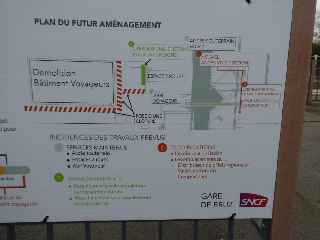 Gare de Bruz (PK 383,9) P1020513