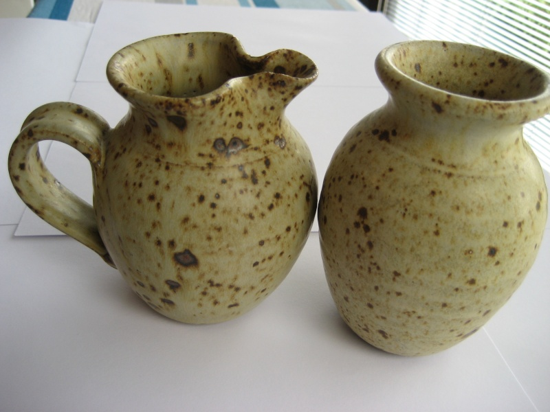 YV mark - Yeo Valley Pottery Img_0710