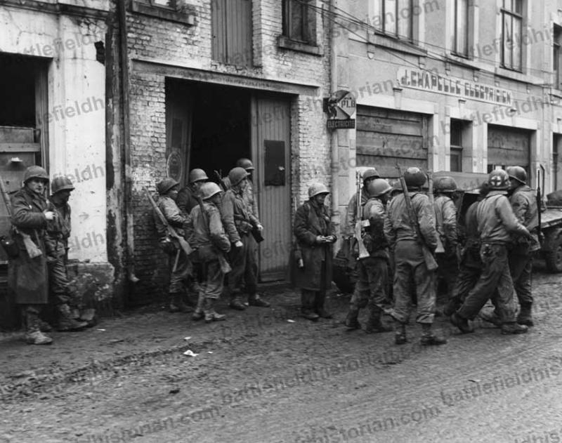 Bataille des Ardennes 1944-1945. Question sur les Overshoes... 19_dec10