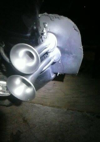 More Lights, Horn, Back Rest, Lug Box, Foot Rest, DS tire.  12233411