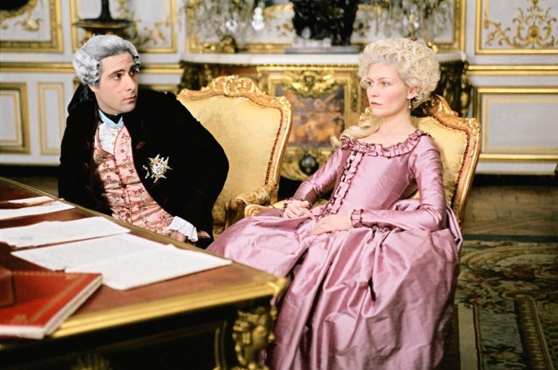 Marie Antoinette avec Kirsten Dunst (Sofia Coppola) - Page 3 Mauve110