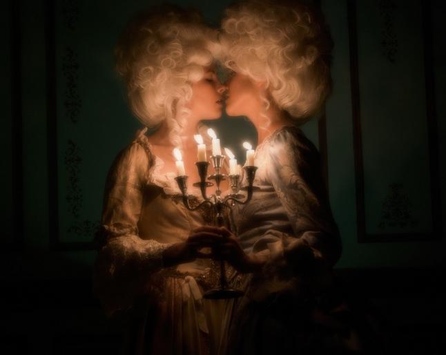 """Marie-Antoinette dans la série """"Decadence"""" Ztot12"""