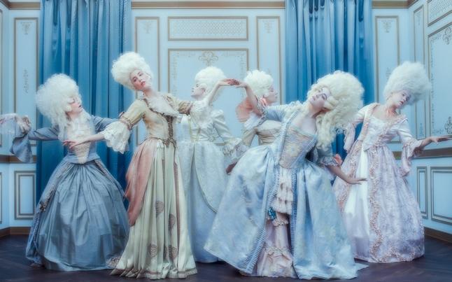 """Marie-Antoinette dans la série """"Decadence"""" Ztot14"""