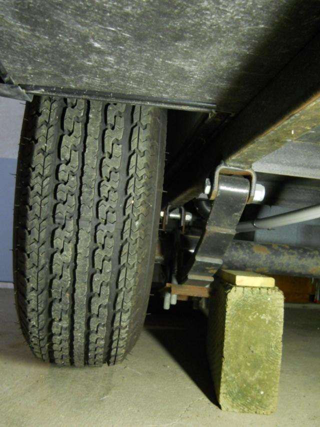 Remisage de la roulotte Dscn2317